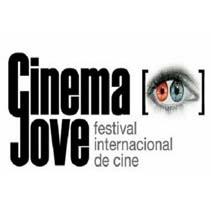 GABINETE DE PRENSA / COMMUNITY MANAGER. Um projeto de Cinema, Vídeo e TV e UI / UX de Ana Martínez Sánchez         - 22.12.2011