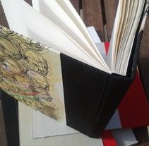 Encuadernaciones. A Design&Illustration project by carmen esperón - Aug 03 2013 10:39 AM