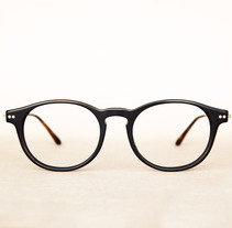 Óptica Zelai. Un proyecto de Diseño, Publicidad y Fotografía de Noah Poveda Bicknell         - 17.10.2013