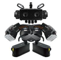Robo accessories (portada / Índice - Fresma accesorios 2014). Un proyecto de Diseño gráfico de Refrito Studio  - 16-04-2014