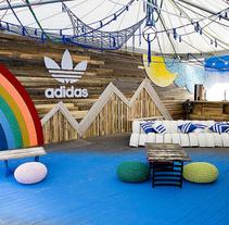 Stand Adidas Sonar Pro. Un proyecto de Artesanía y Diseño de interiores de Alícia Roselló Gené - Viernes, 15 de junio de 2012 00:00:00 +0200