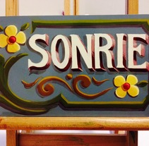 SONRIE ::: fileteado porteño ::: pintura. A Painting project by LÜ Portillo         - 06.08.2014
