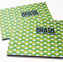Brochure para ACXT Brasil. A Design, Architecture, Art Direction, Editorial Design, and Graphic Design project by Muak Studio | Visual Communication Strategies  - 15-01-2015