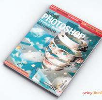 Guía Adobe (Arte y Diseño). Um projeto de Design editorial de Domingo Melero Pérez         - 14.02.2015