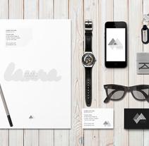 Marca editorial. Proyecto propio.. Un proyecto de Br, ing e Identidad, Diseño editorial y Diseño gráfico de Laura Ibarra Pérez         - 01.03.2015