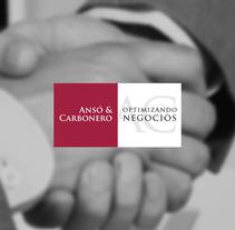 Ansó & Carbonero. Um projeto de Ilustração, Br, ing e Identidade e Web design de Quique Rodríguez         - 14.12.2014