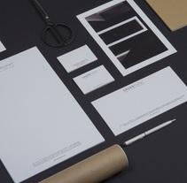 Cesar Pupat - Architecture intérieure. Un proyecto de Diseño, Br, ing e Identidad, Diseño gráfico y Arquitectura interior de Ludivine Dallongeville         - 14.05.2013