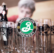 "Brooklyn Brewery ""Mr.Garrett Oliver Bcn Tour"". A Photograph, Br, ing, Identit, Events, and Post-Production project by Rebecca Escabrós - May 12 2015 12:00 AM"
