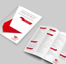 Catálogo Formación 2016. Um projeto de Design gráfico de Joaquim Latas         - 29.12.2015