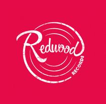 BRANDING DISCOGRÁFICA FOLK REDWOOD RECORDS. Um projeto de Design, Br, ing e Identidade e Design gráfico de Roncesvalles Alzueta Domeño         - 15.05.2016
