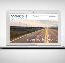 Revista digital interactiva VGRSIT. Um projeto de Design gráfico e Multimídia de Eva  Herrero - 31-12-2015