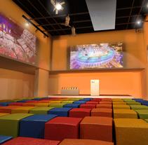 DULUX - AWARDS CEREMONY 2014 (infografia del espacio para un evento). Um projeto de Eventos, Design de interiores e Infografia de Milo Massacci         - 19.03.2014
