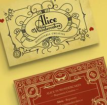 Alice in Wondercakes - Tarjeta de Visita + Imagotipo. Un proyecto de Diseño, Ilustración, Br, ing e Identidad y Diseño gráfico de J.Félix Caballero Nieto - 21-08-2016