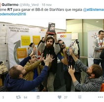 Concurso en Twitter con objetivo branding y adquisición de seguidores. A Events, Marketing, Cop, writing, and Social Media project by Gracia Gutiérrez         - 19.11.2016