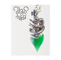"Poción ""Veneno de serpiente"". A Design, Accessor, Design, Crafts, Fashion, Jewelr, Design, and Product Design project by alasdehada         - 16.05.2017"