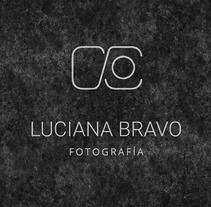Imagotipo de Luciana Bravo Fotografía . Um projeto de Fotografia e Design gráfico de Jennifer Muñoz - 11-09-2017