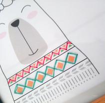 Ilustración y bordado a mano, Lámina de nacimiento. Un proyecto de Diseño y Bellas Artes de Melania Peinado Gonzalo         - 16.09.2017